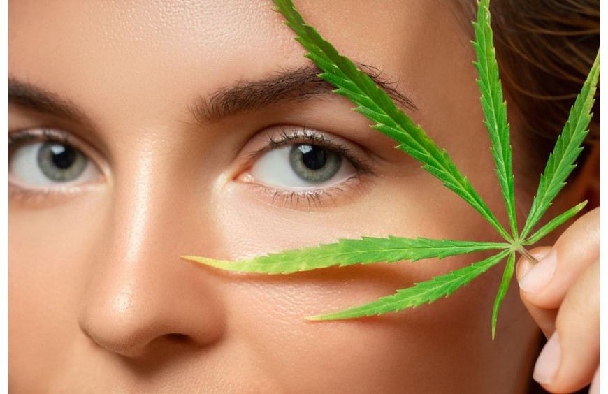 Le CBD : le nouvel ingrédient star de la cosmétique